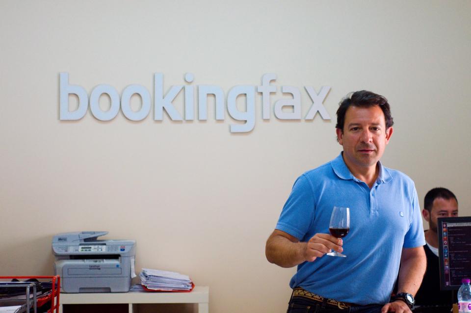 Antonio Mariscal de Bookingfax
